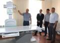 """Керівництво району та містаоглянули рентгенологічний кабінет КНП ФРР """"Фастівська центральна районна лікарня"""", який поповнився новим рентген апаратом."""